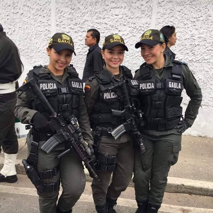 Pretty Policia.jpg