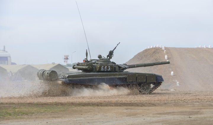 T-72 in motion.jpg