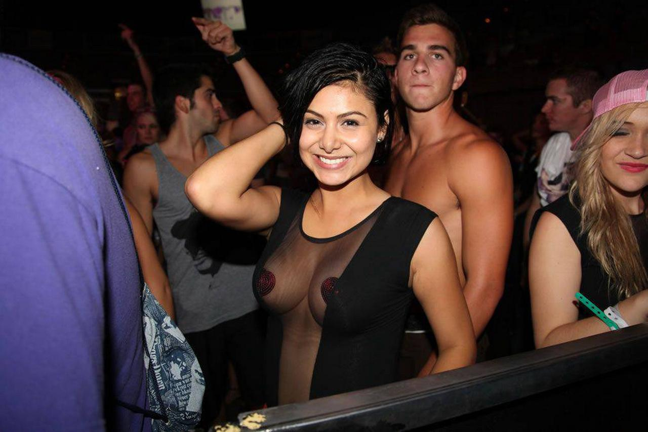 Tits Club 106