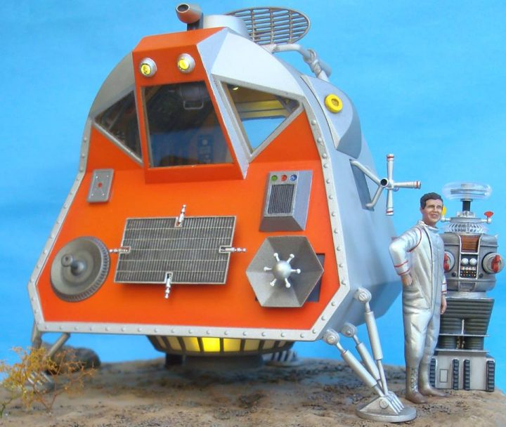 lost in space model 2