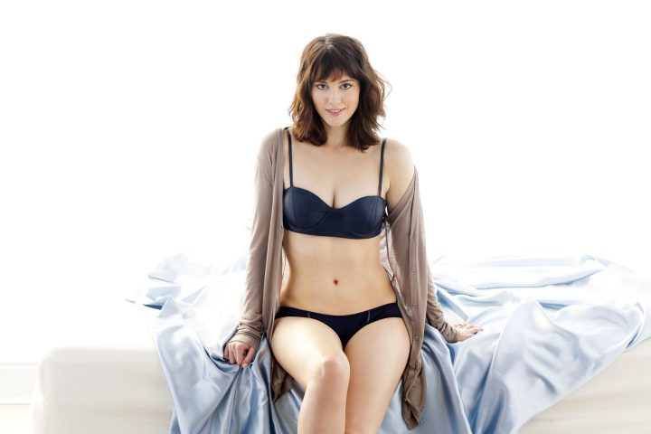mary elizabeth winstead in her undies.jpg