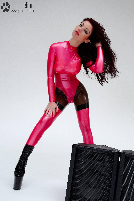 barbie-catsuit-34