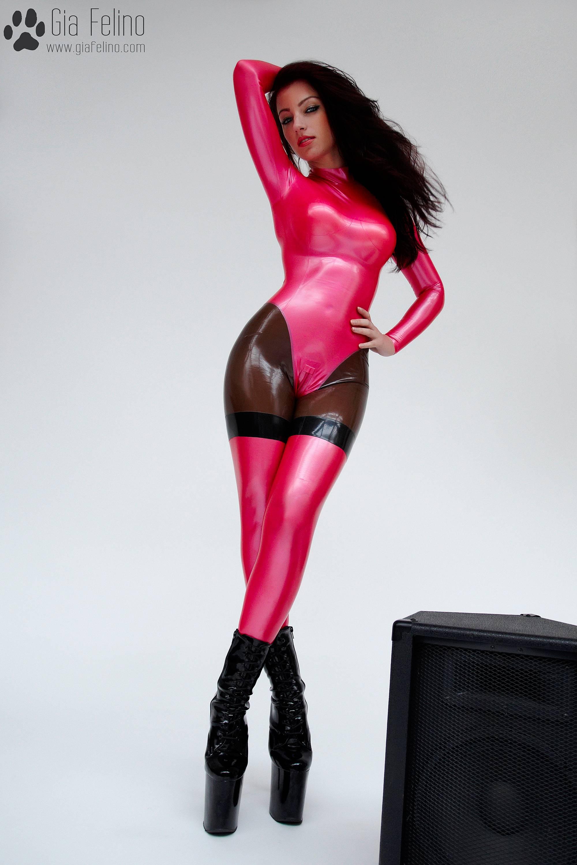 barbie-catsuit-38