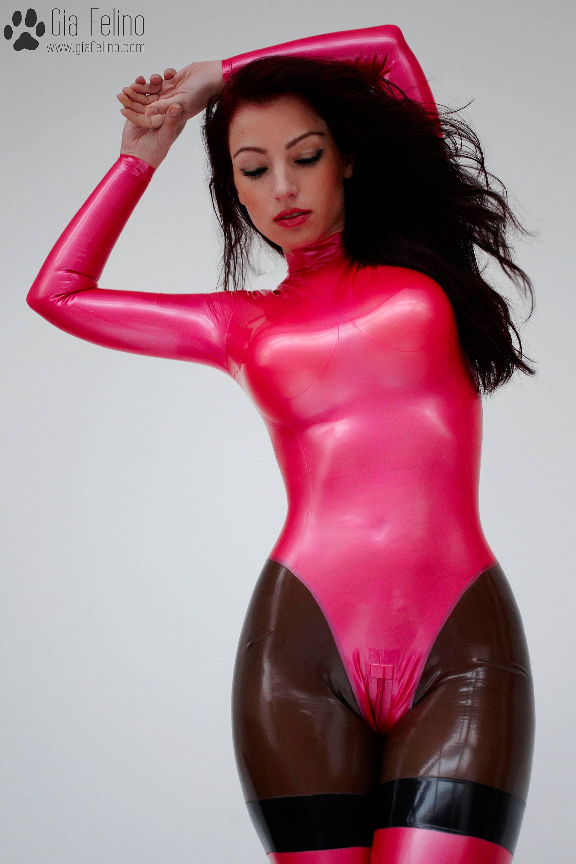 barbie-catsuit-39
