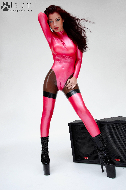 barbie-catsuit-4