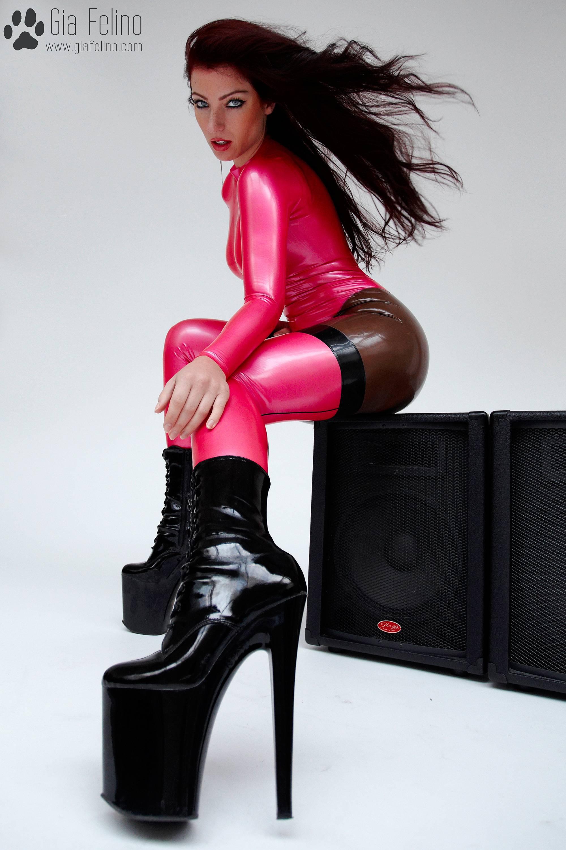 barbie-catsuit-44