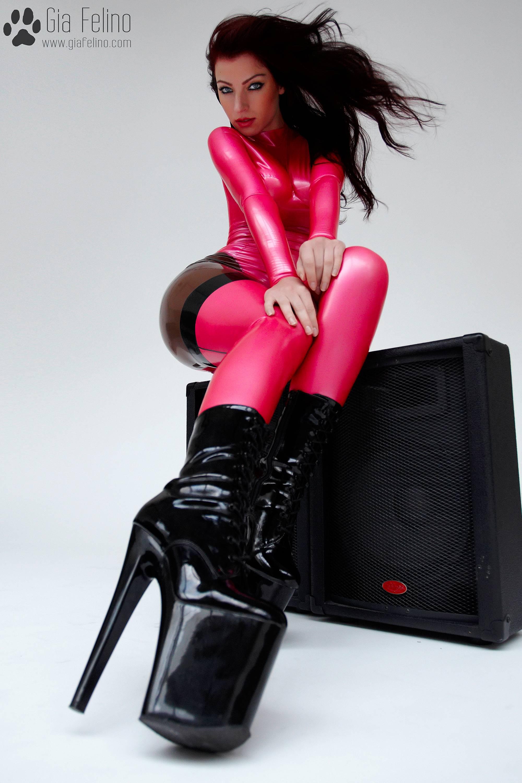 barbie-catsuit-49