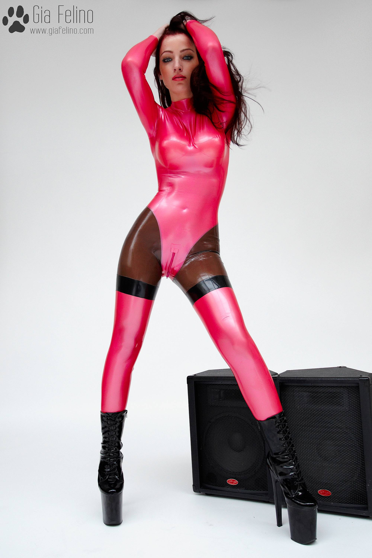 barbie-catsuit-5