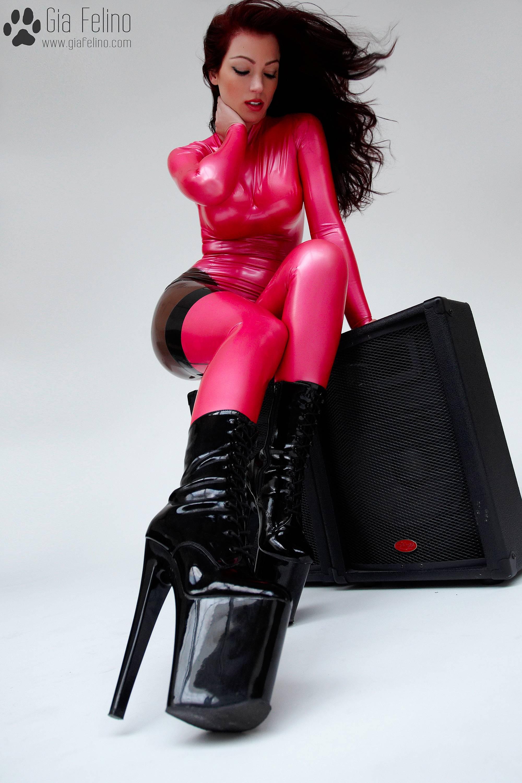 barbie-catsuit-53