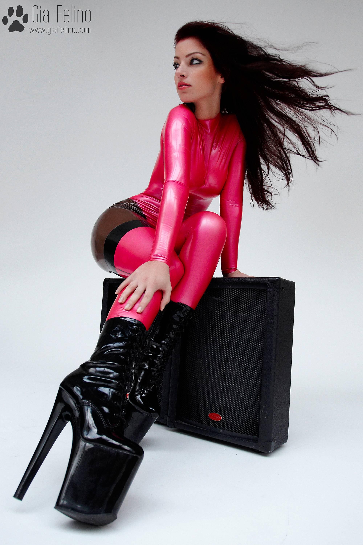 barbie-catsuit-54