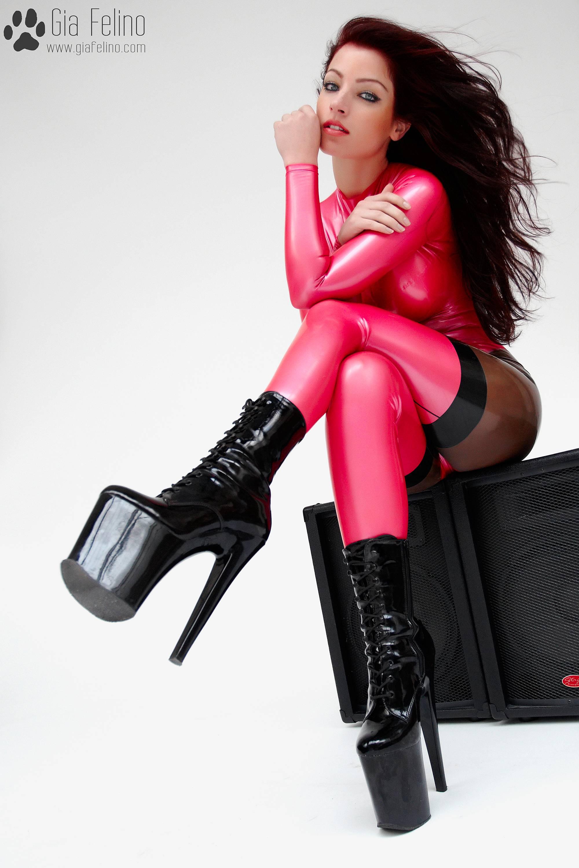 barbie-catsuit-63