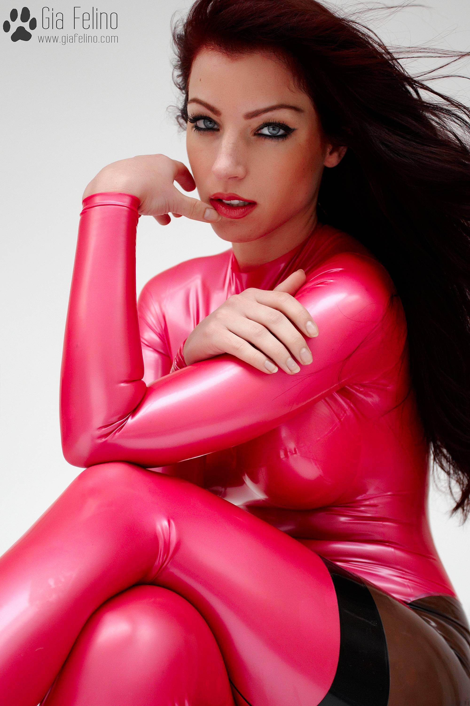 barbie-catsuit-64