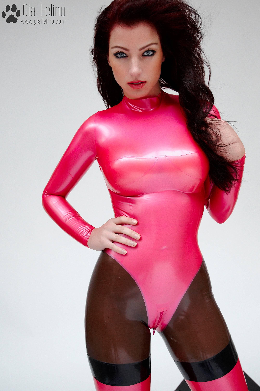 barbie-catsuit-70