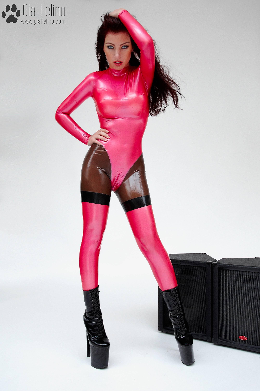 barbie-catsuit-74