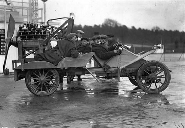 bizarre-retro-vehicles-04