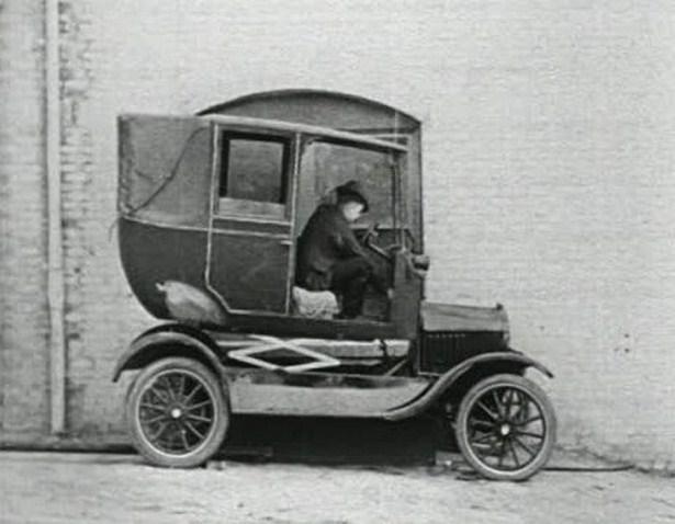 bizarre-retro-vehicles-10