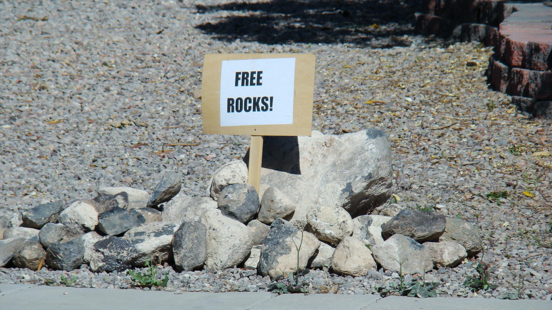 mayjune2011-001-free-rocks