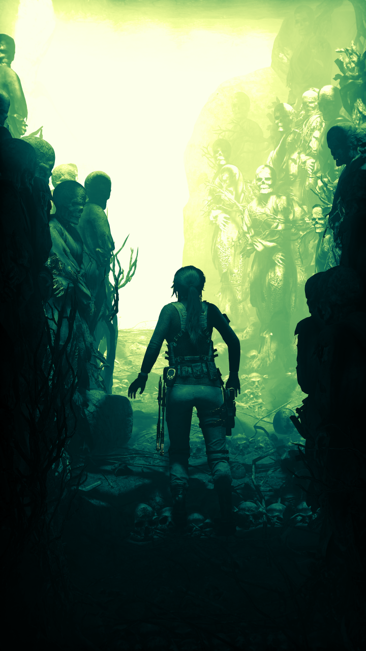 laura croft walking in a ditch.png