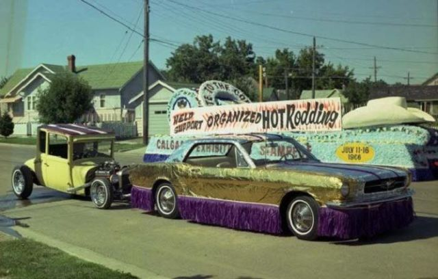 what_transportation_looked_like_in_a_50s_to_70s_usa_640_59