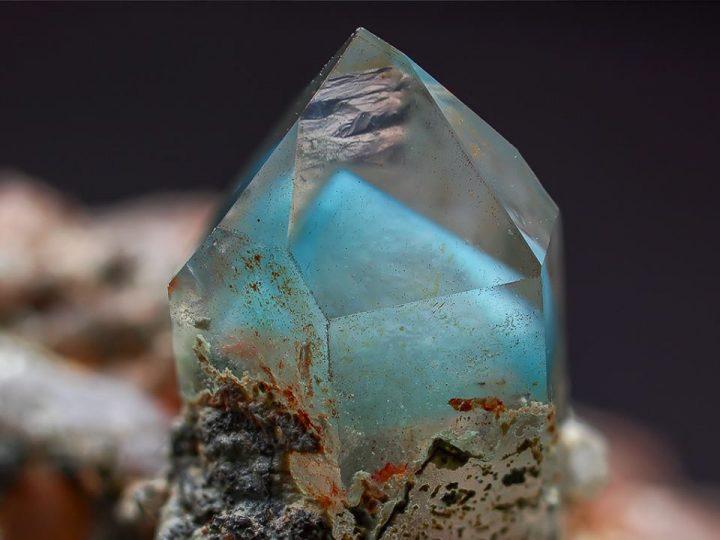 ajoite-quartz