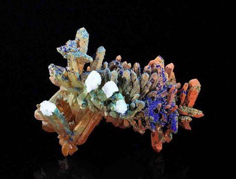 quartz-azurite-malachite-gypsum