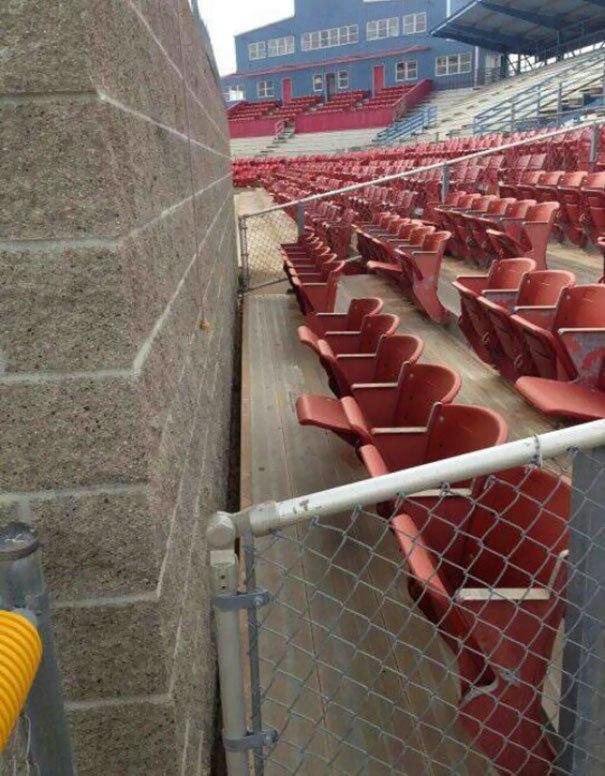 Wall seats.jpg