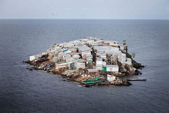 crowded island.jpg