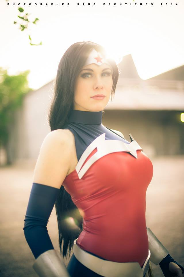 wonder woman by Lady Lemon Cosplay.jpg