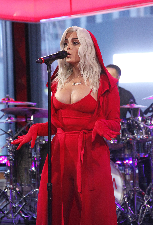 Bebe Rexha – Good Morning America January 13th 2017 a.jpg
