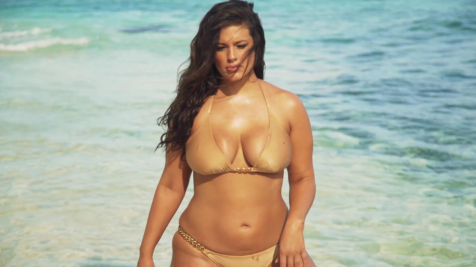 Ashely Graham in a golden bikini.jpg
