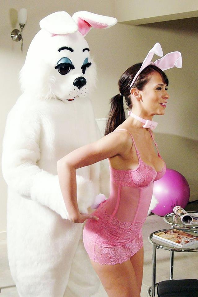 Jennifer love hewitt sexy bunny