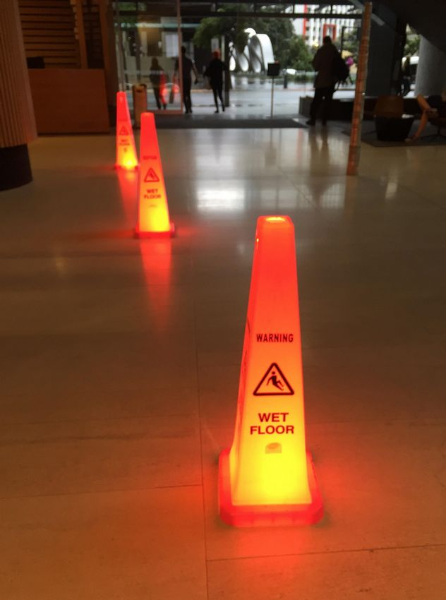 light up caution cones