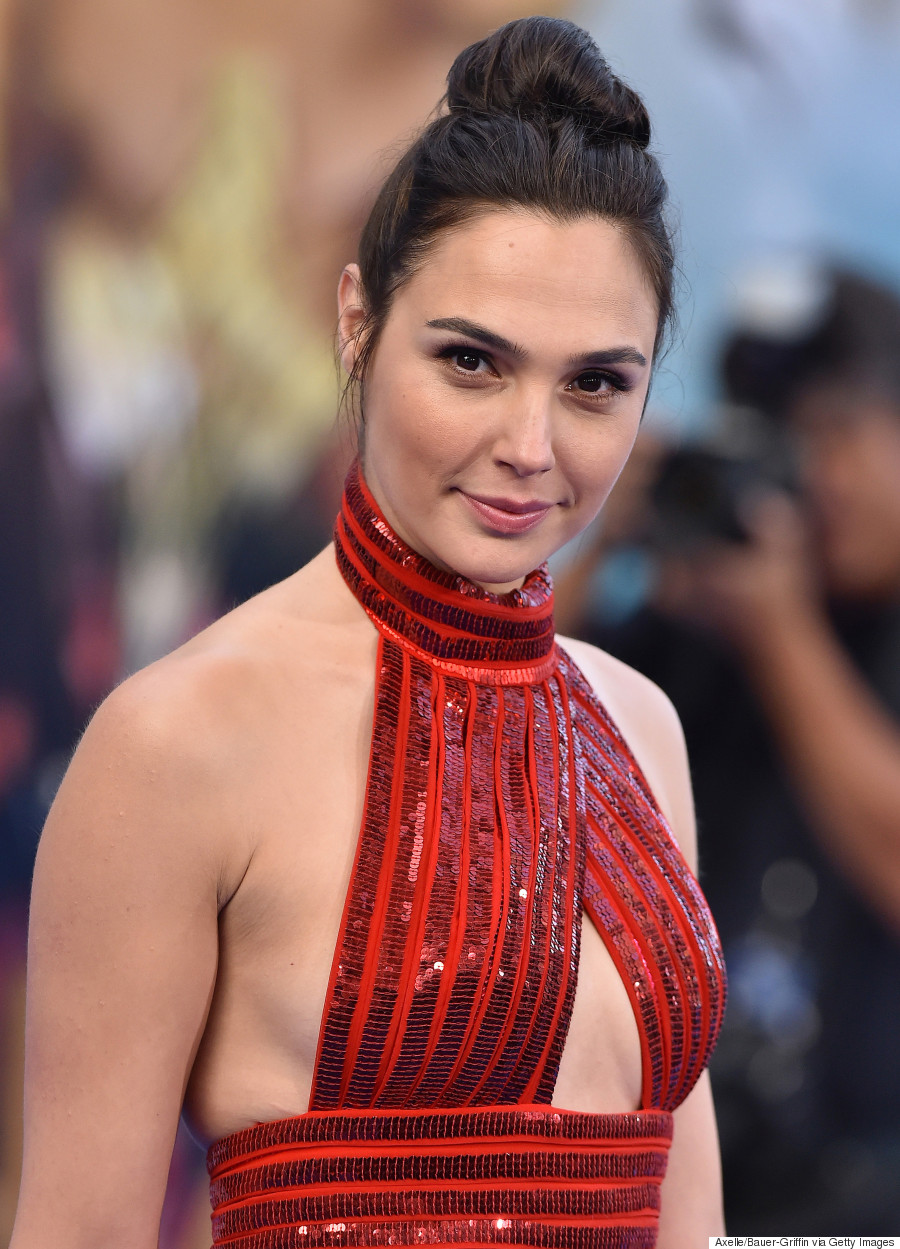 Gal Gadot in red strappy thing.jpg