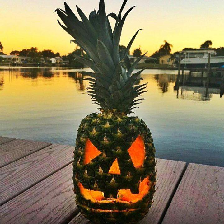 halloween pineapple