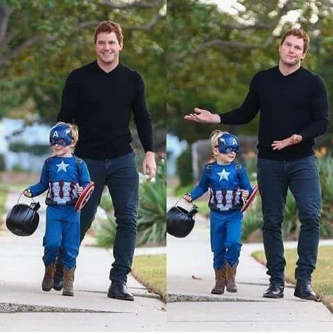 Chris Pratt and his kid on halloween