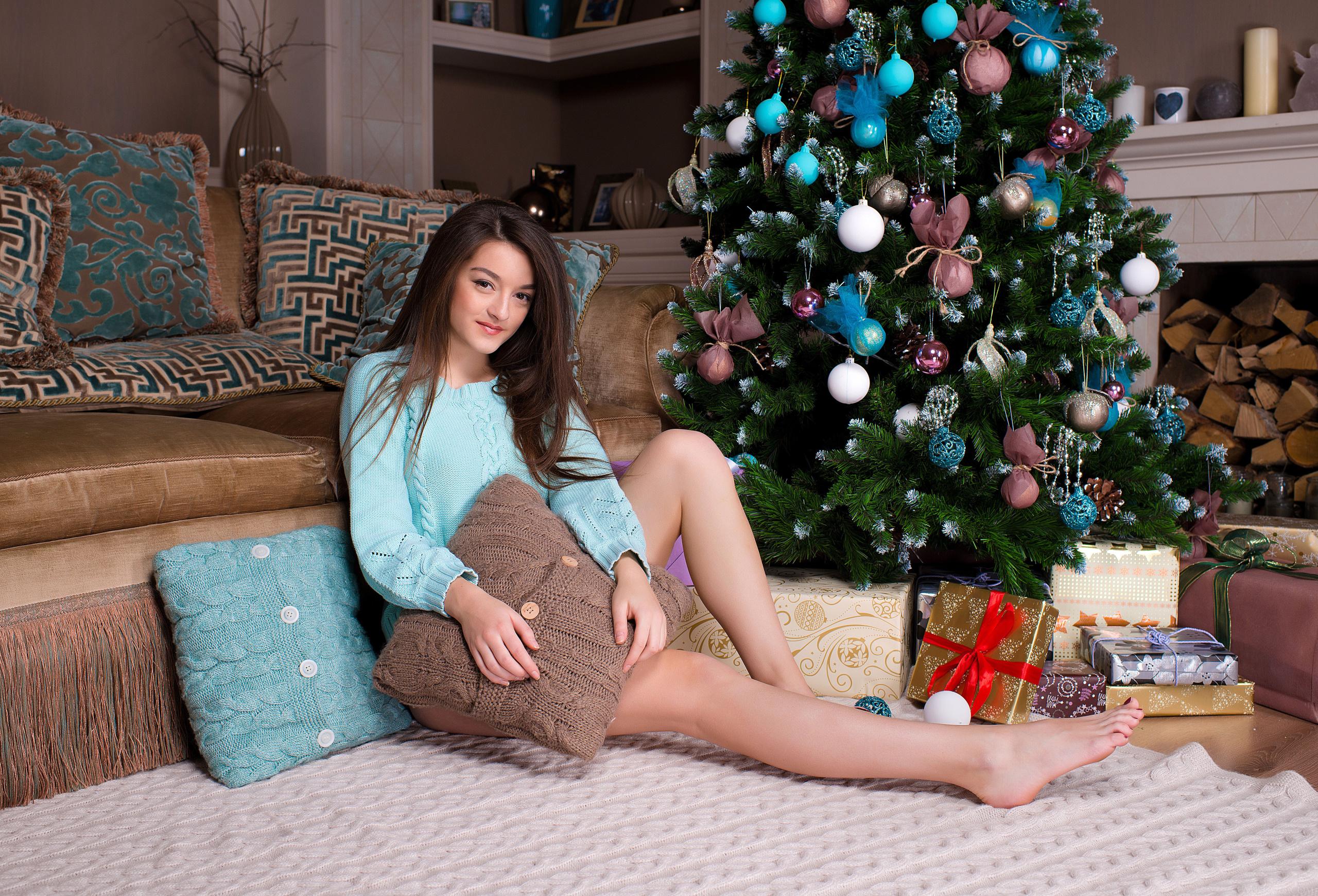Christmas footjob