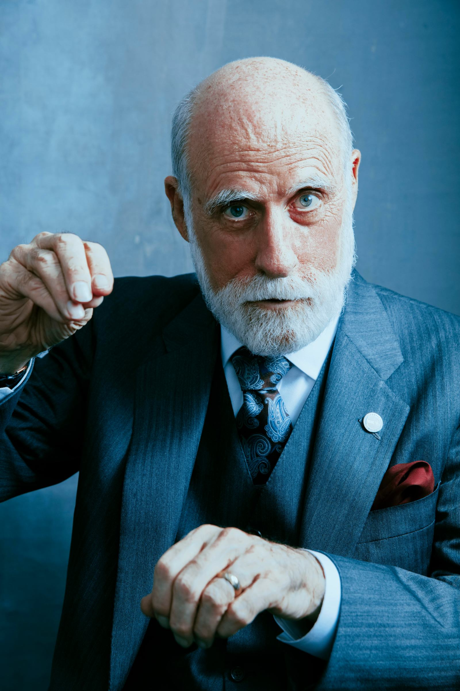 Vint Cerf has puppet hands