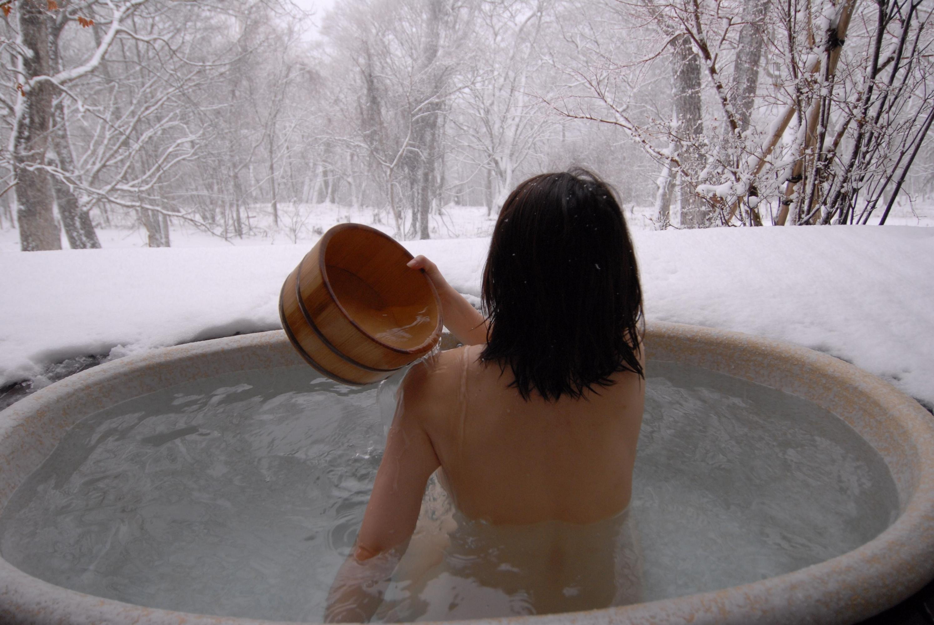 Snow Bath.jpg