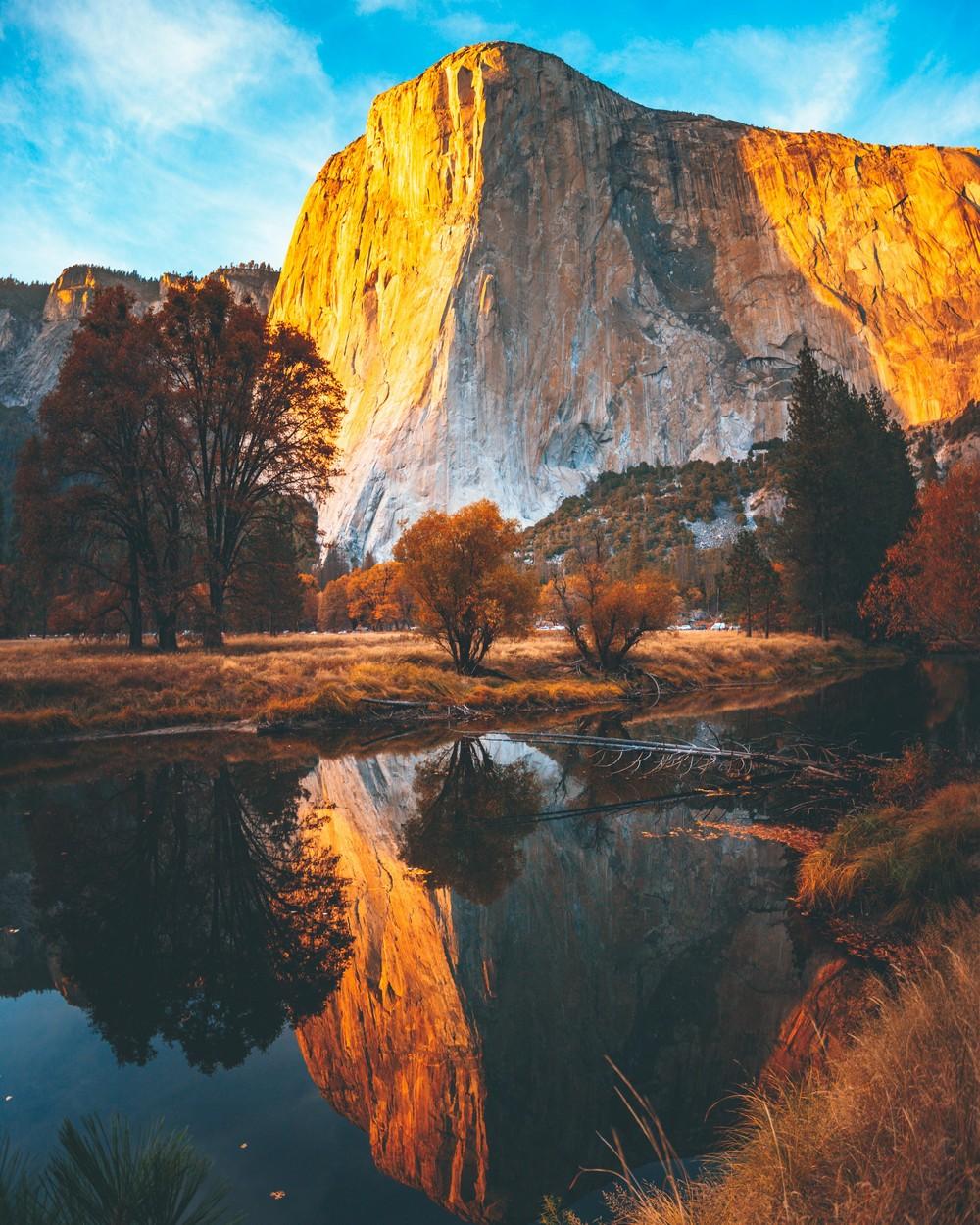 mountain mirror.jpg