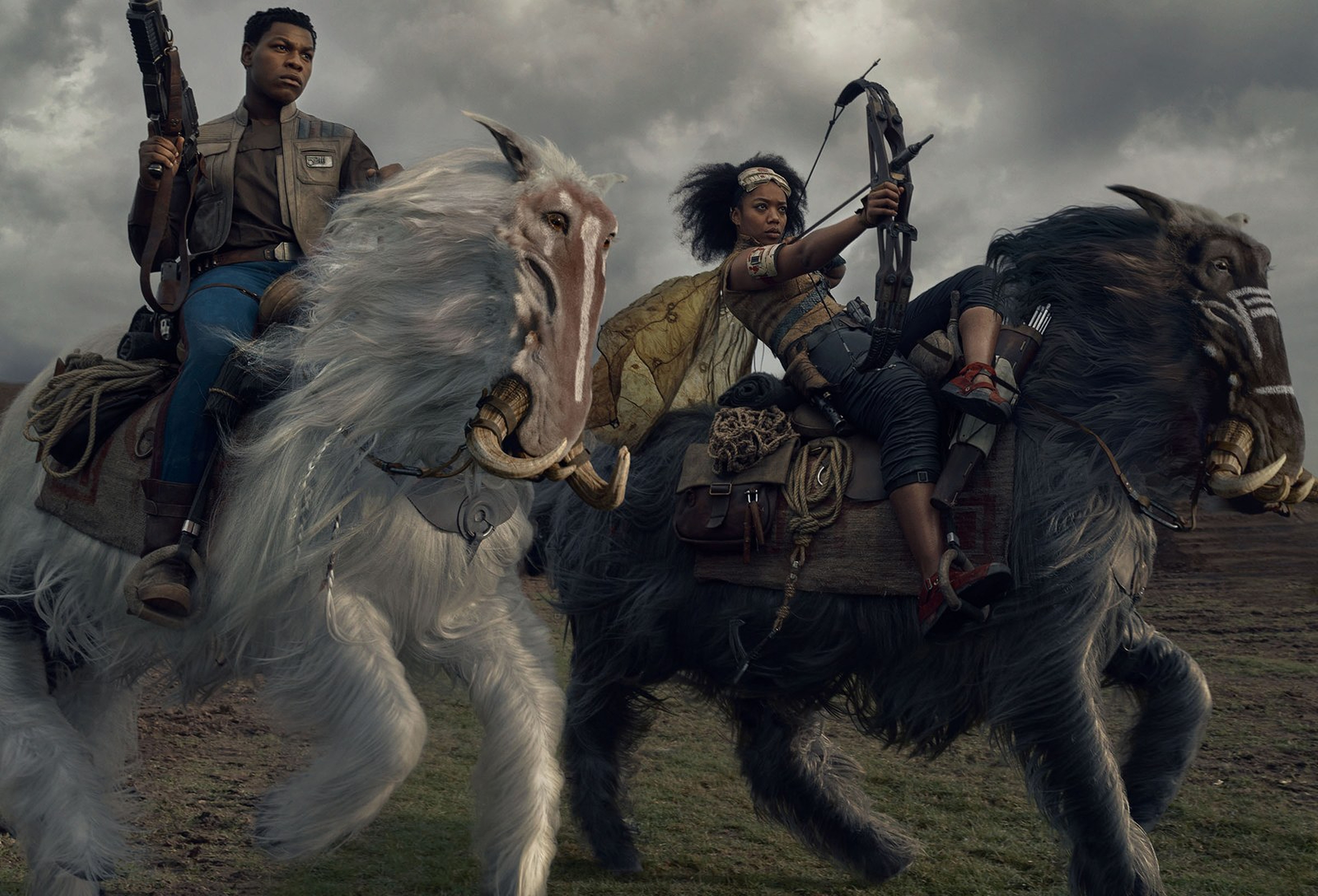 star-wars-the-rise-of-skywalker-vanity-fair-finn-and-jannah-played-by-naomi-ackie-on-orbaks-exclusive-hi-resolution-images-and-photos-by-annie-leibovitz.jpg