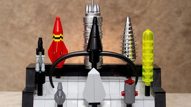 avengers-lego-props-6.jpg (53 KB)