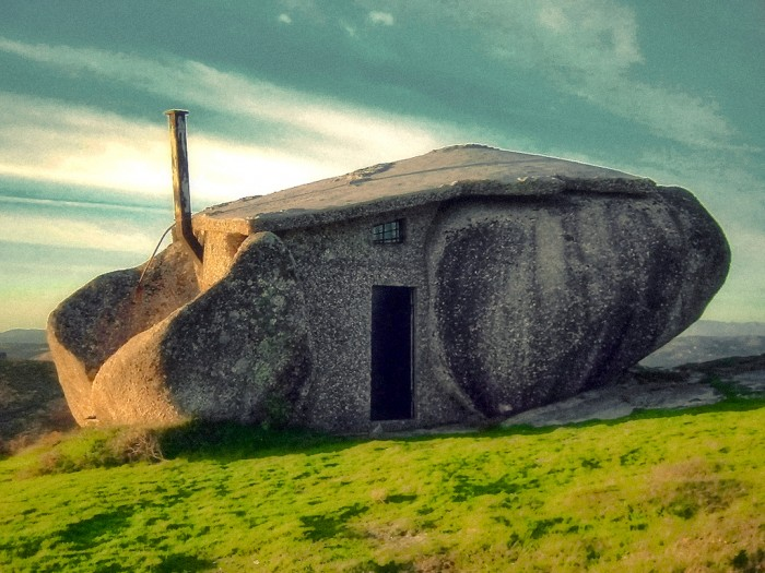 stonehouse-32.jpg (555 KB)