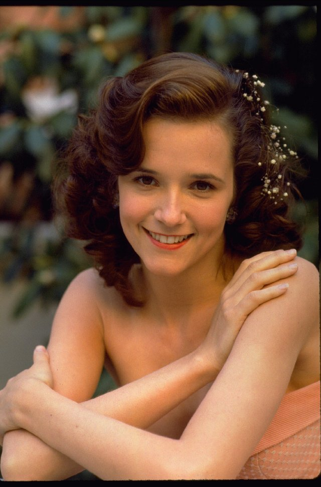 lea_thompson.jpg (89 KB)