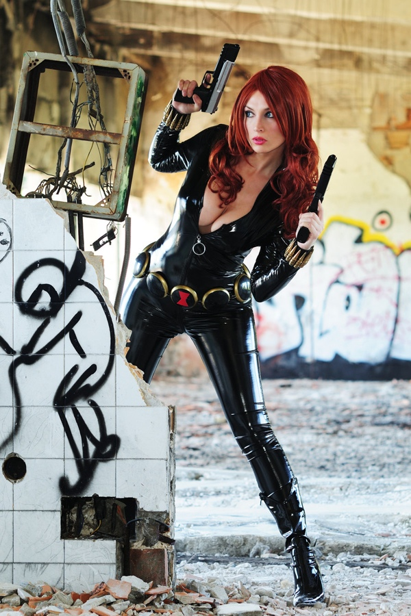 black-widow-cosplay.jpg (260 KB)