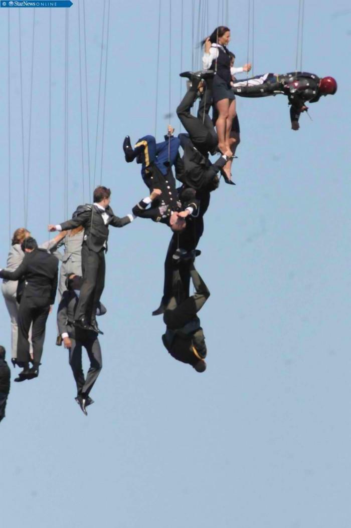 iron-man-3-action-stunt1.jpg (67 KB)