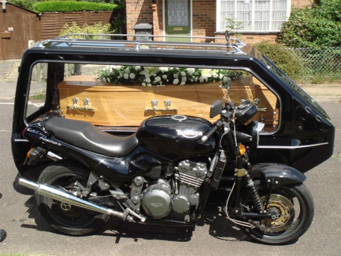 Hearse-Motorcycle-.jpg (147 KB)