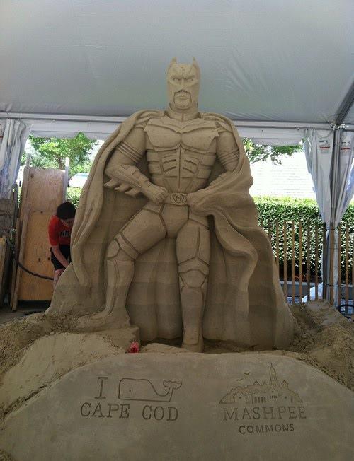 Sand-Batman.jpg (44 KB)