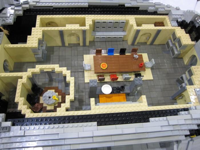 LEGO-Serenity-4.jpg (398 KB)