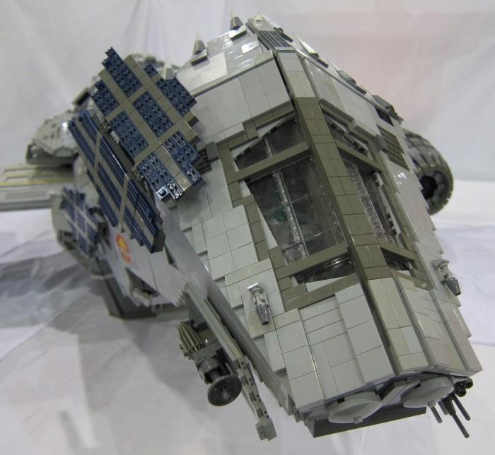 LEGO-Serenity-6.jpg (375 KB)