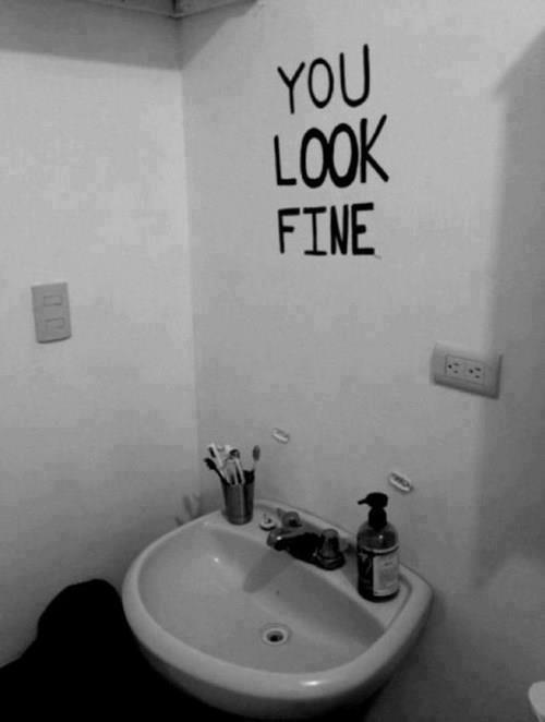 mirror.jpg (19 KB)